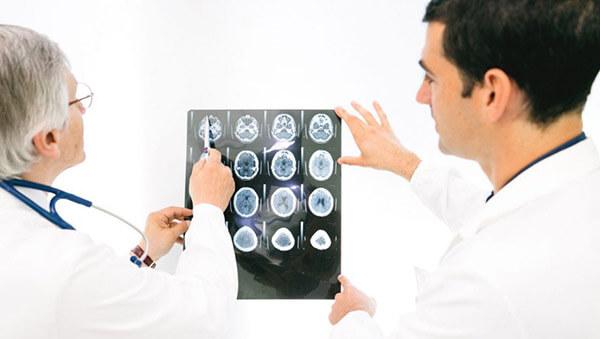 چه چیزهایی باعث عفونت مغز می شود